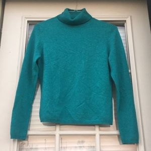 Valerie Stevens Cashmere turtleneck sweater